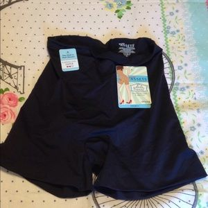 Love Your Assets   XL SPANX BRAND